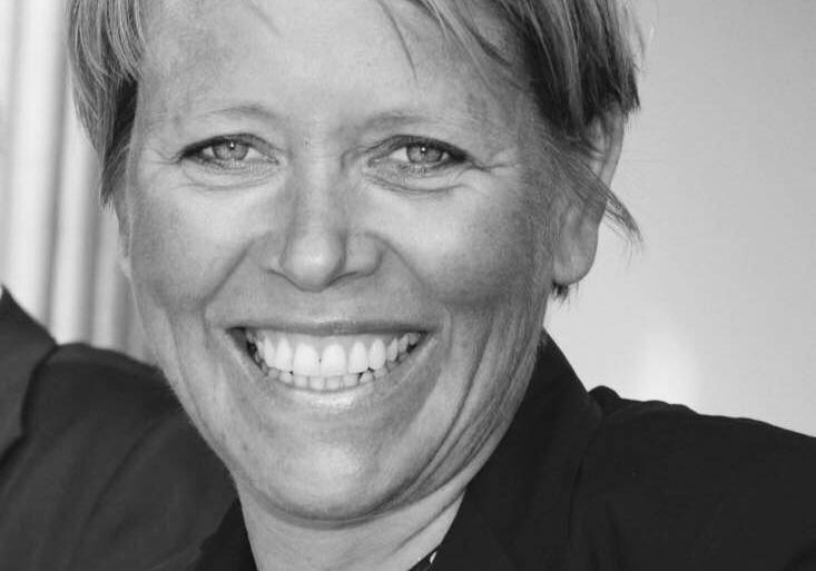 Inger-Anne-Vik-tlf-47-99-24-49-18-